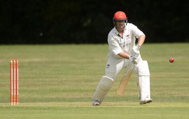 180809 - Sandhurst (batting) v Woodley (bowling) - pics by Paul Johns.Adam Birch.