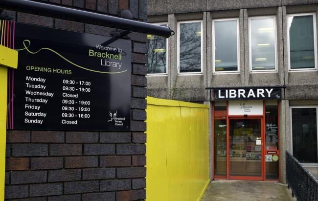 170189 Bracknell Library - Pictures: Mike Swift