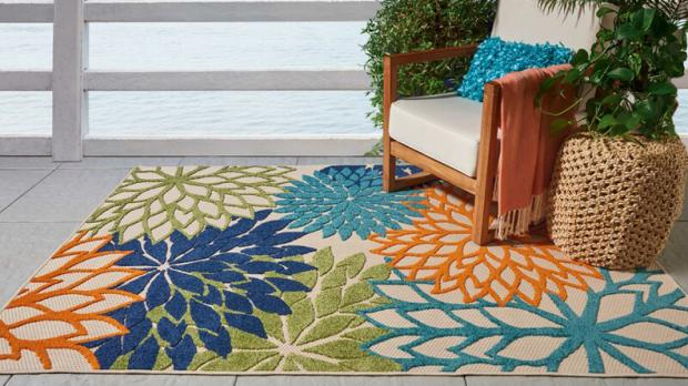 Bracknell News: Add some colour to your patio with this versatile rug. Credit: Wayfair