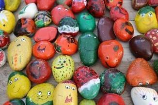 Children Swap Pebbles for Veg. Pic by Squire's Garden Centres.
