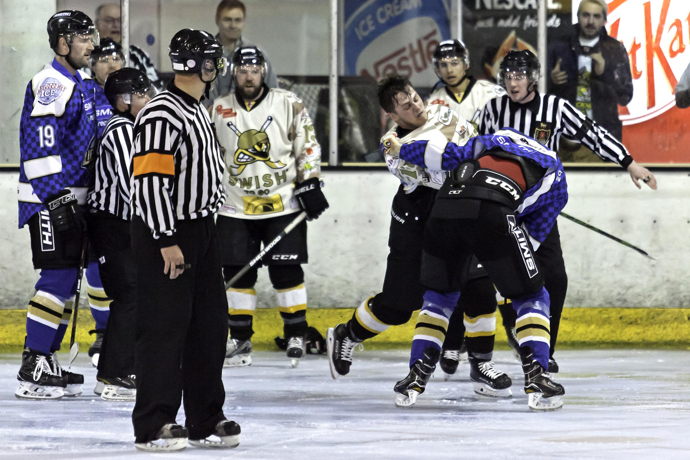 Action from Bracknell Bees' 5-4 loss to Milton Keynes Lightning   Pictures by Kevin Slyfield Photography - www.flickr.com/photos/k_sly