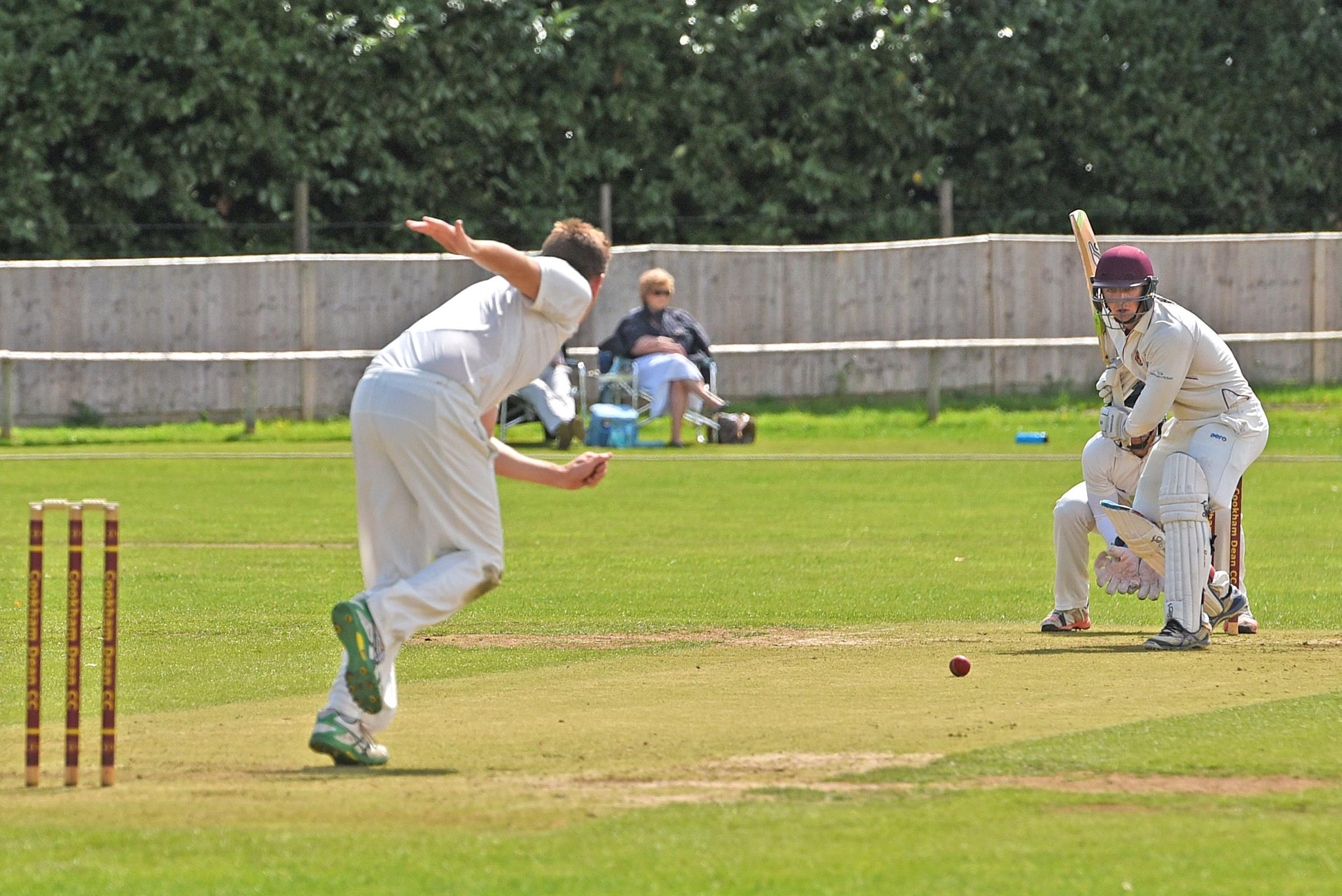 Wokingham (bowling) beat Cookham Dean by four wickets to move 50 points clear at the top