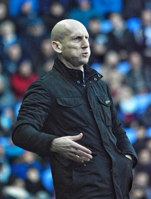 Jaap Stam watches Reading FC draw 0-0 with the Owls.