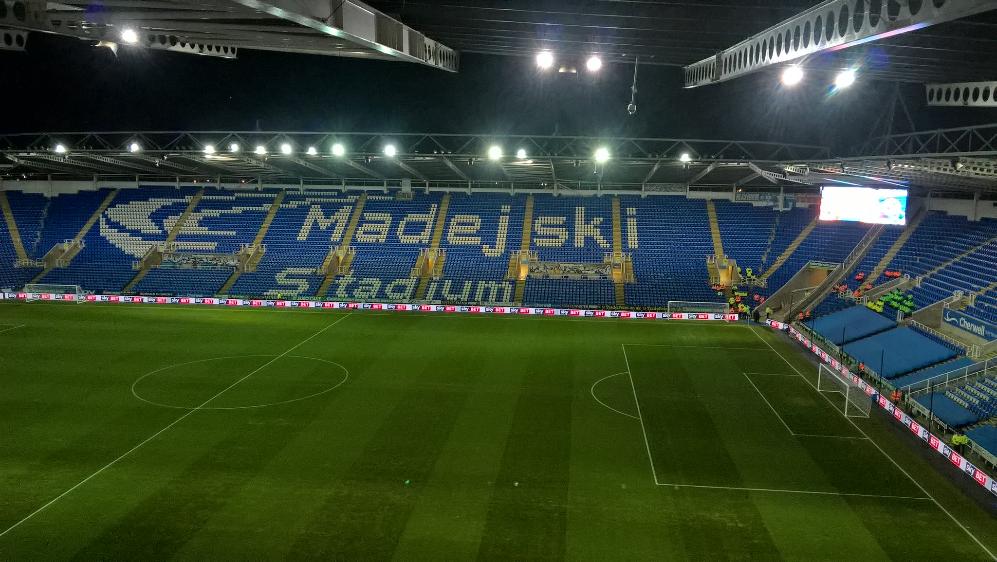 Madejski Stadium at night.