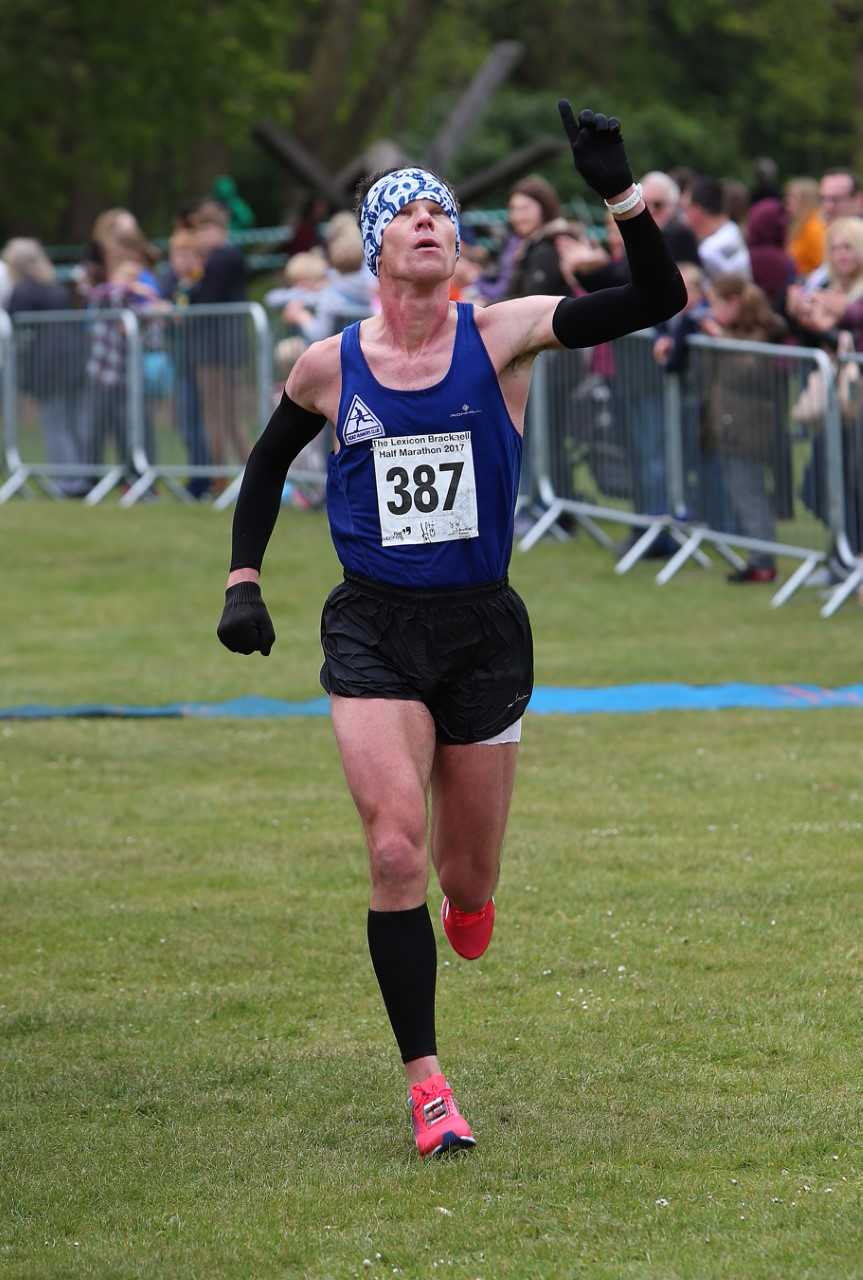 Ascot United official Neal Jeffs hoping to inspire others with his running