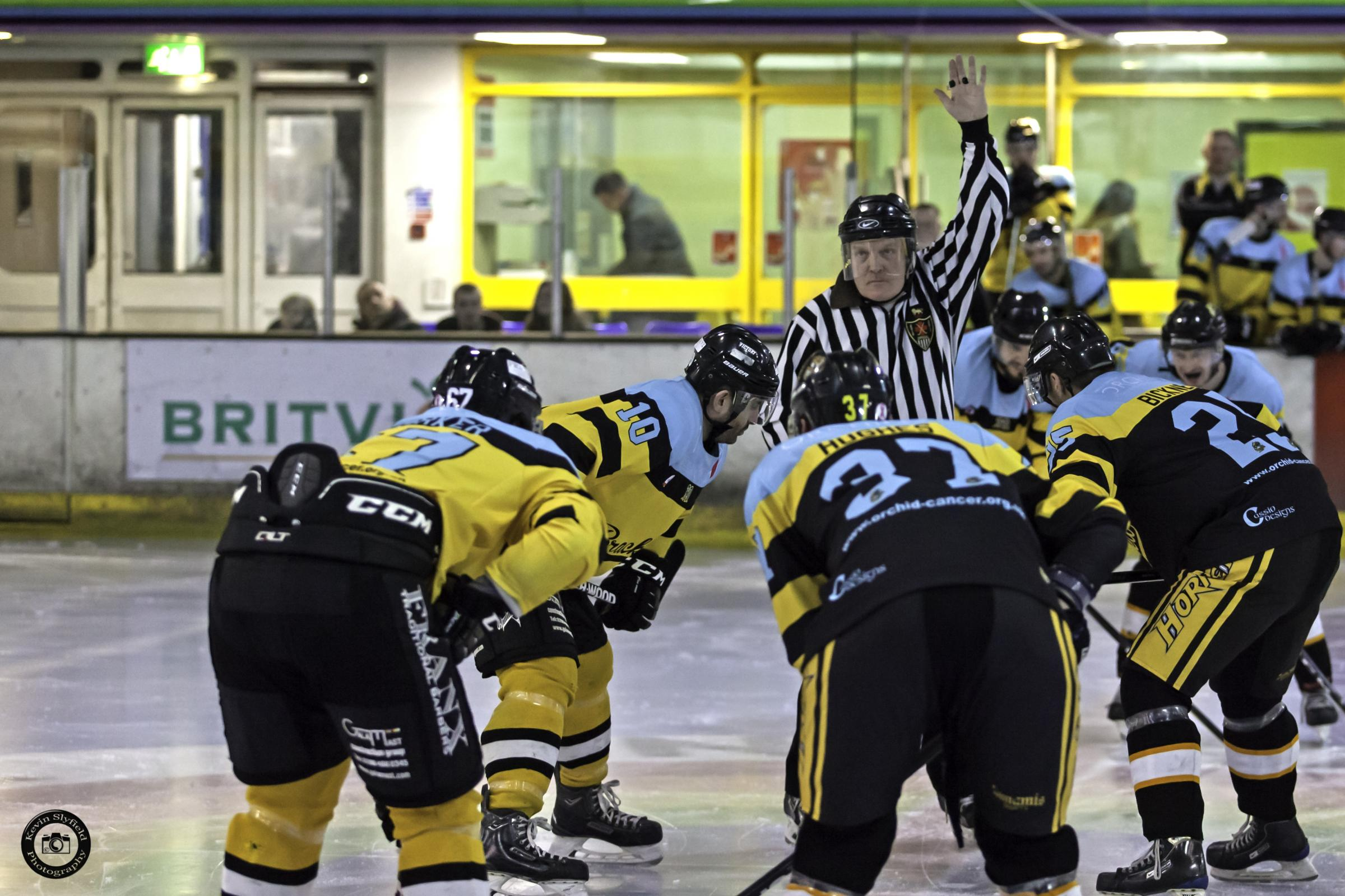 Bracknell Bees raise a cool £900 for cancer charity