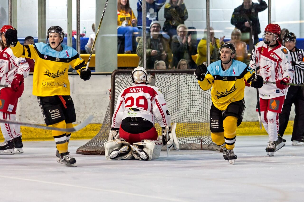 Bracknell Bees celebrate a goal against Swindon Wildcats   Picture by Kevin Slyfield