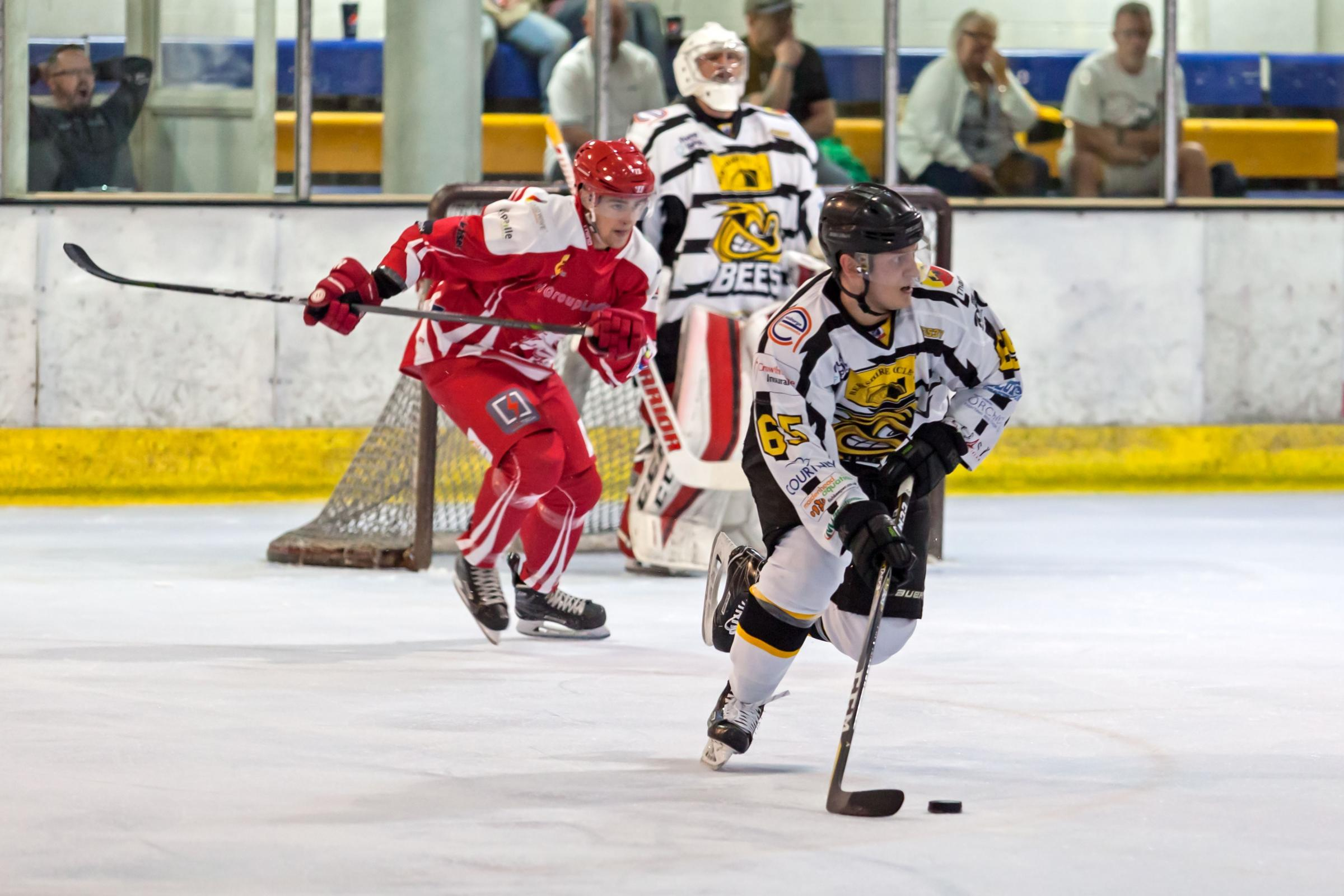 Bracknell Bees (white/black) lost to Swindon Wildcats home and away    Pictures by Kevin Slyfield