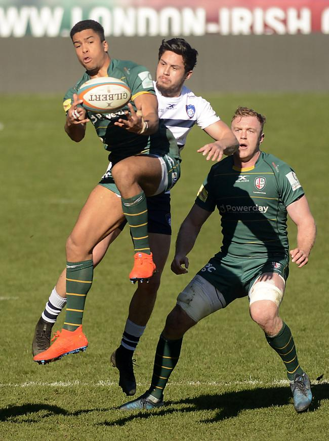 (190281) - London Irish (green) v Yorkshire Carnegie - pics by Paul Johns.Ben Loader.